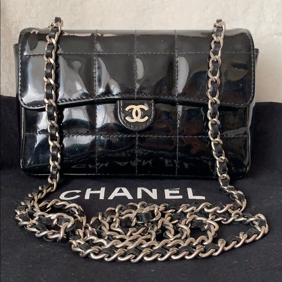 CHANEL Waist Belt Flap Bag Crossbody Fanny Bumbag